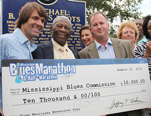 Oh you know, just BB King accepting a check from the marathon. No big deal.
